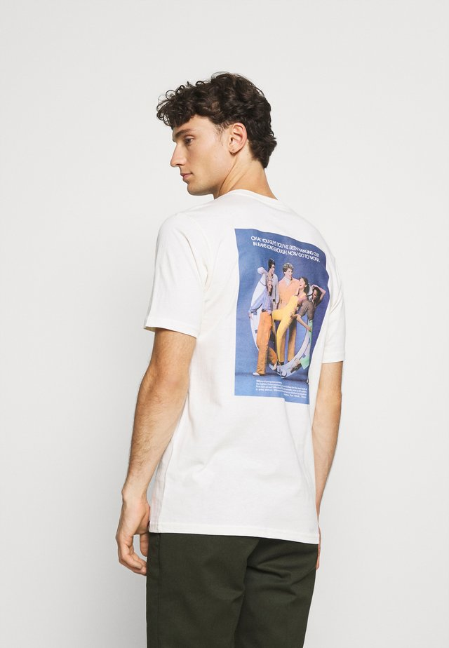 BIGFORK - T-shirt print - ecru