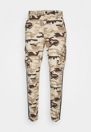FITTED TAPED CARGO - Pantalones cargo - desert