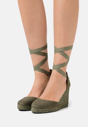 COLIN - Sandály na vysokém podpatku - pique summer verde