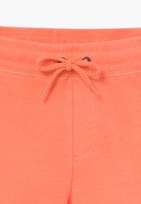 Cars Jeans - KIDS MILTY - Teplákové kalhoty - fluor coral - 3