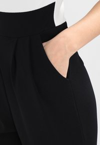 WAL G. - SHOULDER CONTRAST - Jumpsuit - black/white - 5