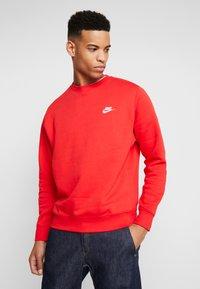 Nike Sportswear - CLUB - Sweatshirt - university red/white - 0