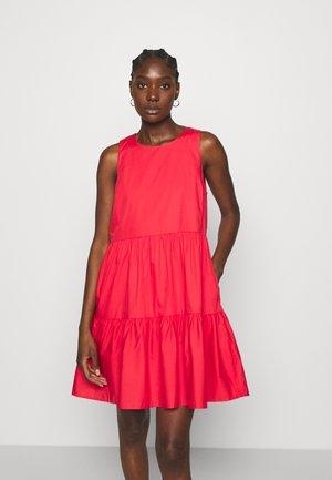 TIERED MINI - Day dress - electric cherry