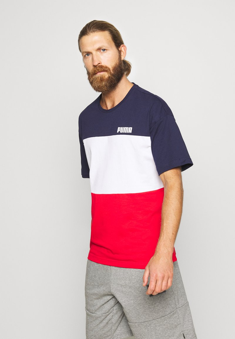 Puma - CELEBRATION COLOUR BLOCK TEE - T-shirt imprimé - peacoat
