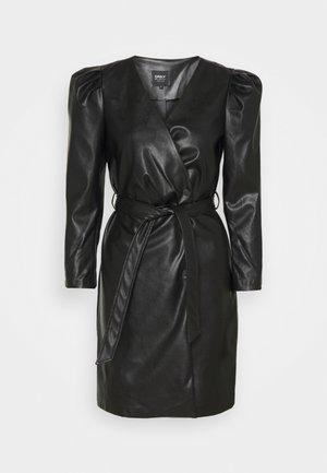 ONLZIGGA TRIXIE DRESS - Etuikjole - black