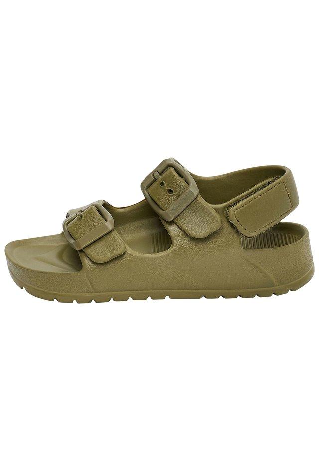 Chodecké sandály - green