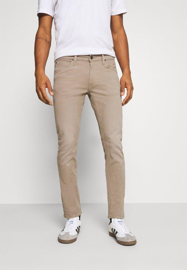 LUKE - Jeans slim fit - beige