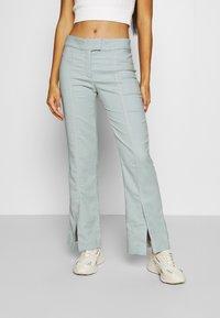 Weekday - KINNI PLEAT TROUSER - Trousers - blue - 0