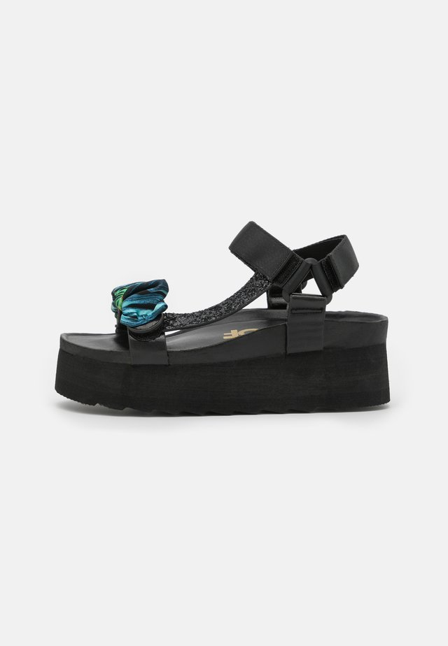 BES WITH FOULARD ACCESSORY - Sandalen met plateauzool - black