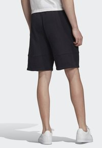 adidas Originals - Shorts - black - 1