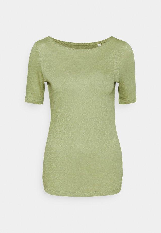 SHORT SLEEVE BOAT NECK - T-shirt basic - dried sage