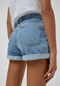 PULL&BEAR - Short en jean - light blue - 5