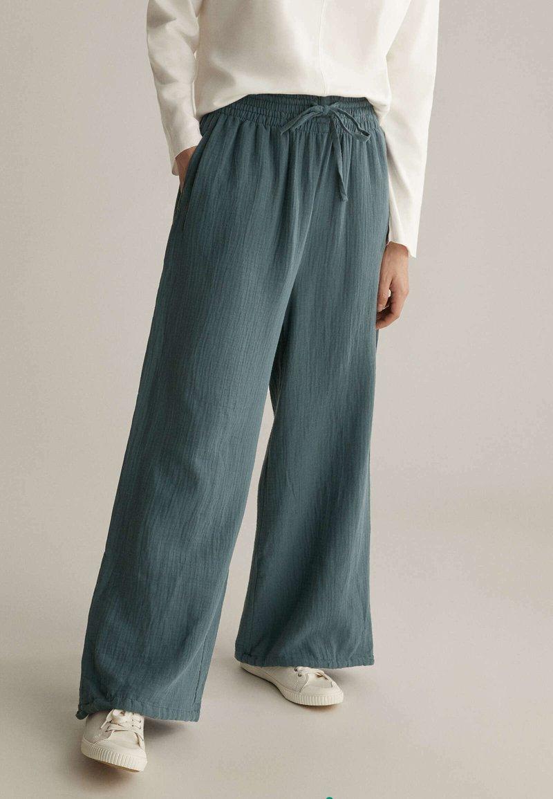 OYSHO - Pantalon classique - blue