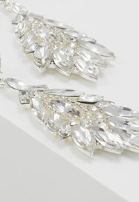 Pieces - Ohrringe - silver-coloured - 4