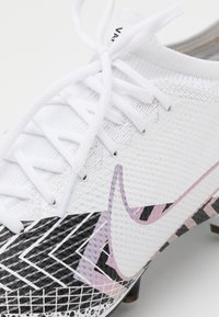Nike Performance - MERCURIAL VAPOR 13 PRO MDS AG-PRO - Moulded stud football boots - white/black - 5