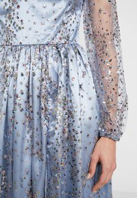 Maya Deluxe - STAR GLITTER MAXI DRESS WITH BISHOP SLEEVES AND OPEN BACK - Occasion wear - blue/multi - 5
