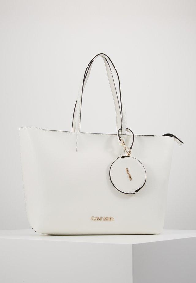 MUST SET - Shopping bag - white