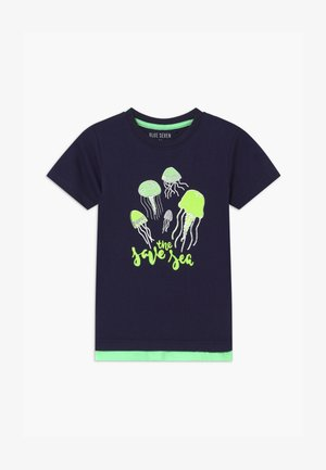 SMALL BOYS JELLYFISH - T-shirt z nadrukiem - nachtblau
