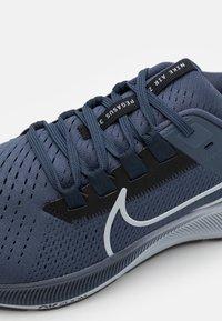 Nike Performance - AIR ZOOM PEGASUS 38 - Neutrala löparskor - thunder blue/wolf grey/black/dark obsidian - 5