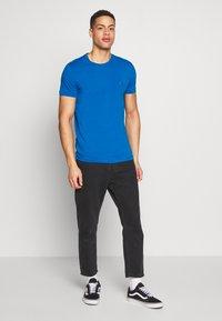 Tommy Hilfiger - T-shirt basic - blue - 1