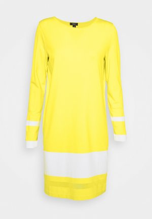 Jumper dress - yellow