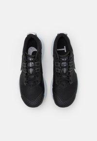 Nike Performance - PEGASUS TRAIL 3 - Löparskor terräng - black/pure platinum/dark smoke grey - 3