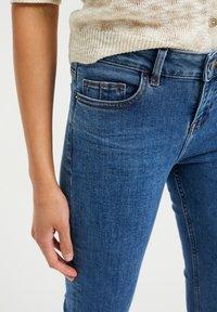 WE Fashion - MET SUPER STRETCH - Jeans slim fit - blue - 4