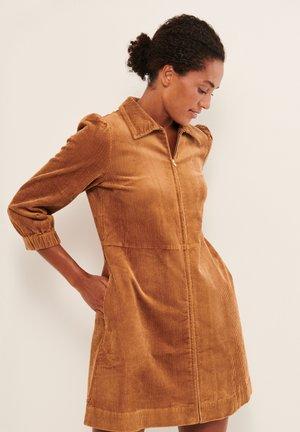 EYVORPW - Day dress - chipmunk