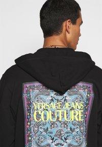 Versace Jeans Couture - FELPA - Zip-up sweatshirt - nero - 4