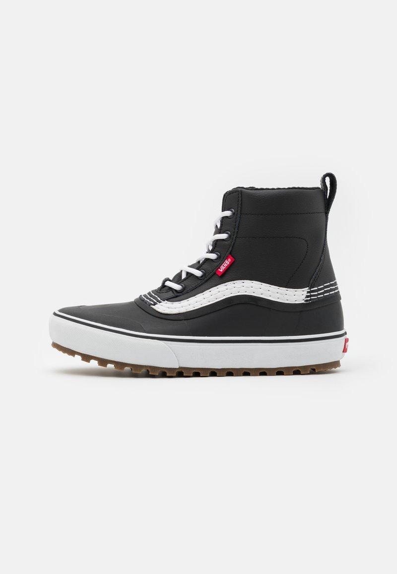 Vans - STANDARD MID MTE UNISEX - Höga sneakers - black/white