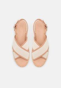 Zign - Sandalen met plateauzool - beige - 5