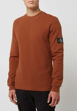 LONGSLEEVE - Long sleeved top - cognac