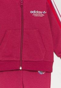 adidas Originals - HOODIE SET UNISEX - Survêtement - pink - 3