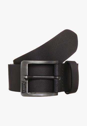 CORE - Pásek - regular black