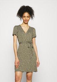 GAP - WRAP DRESS - Jersey dress - green - 0