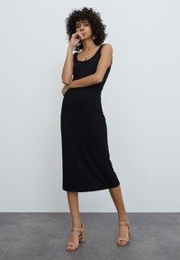 EDITED - Shift dress - schwarz - 1