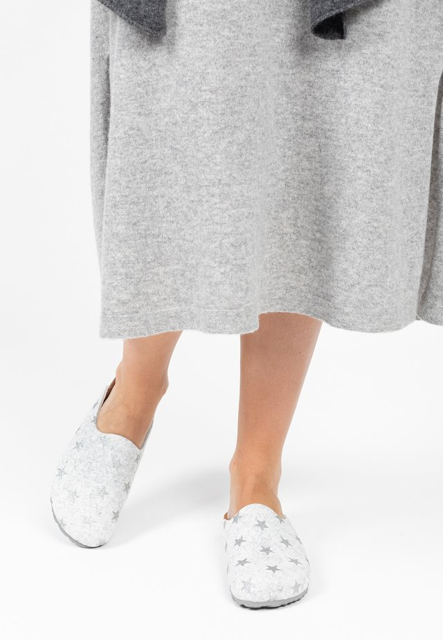 Clogs - silver, white