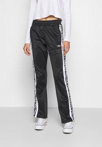 Fila - TAO - Teplákové kalhoty - black/bright white - 0
