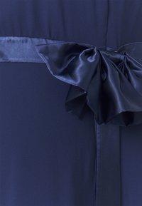 TFNC Curve - KYRA MAXI - Společenské šaty - navy - 4