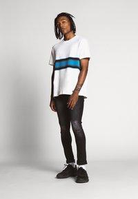 Stance - JOAN TEE - Print T-shirt - white - 1