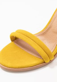 Pavement - AMBER - High heeled sandals - yellow - 2