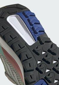 adidas Performance - TERREX TRAILMAKER BLUE WANDERSCHUH - Outdoorschoenen - green - 11