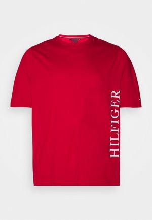LARGE LOGO TEE - Print T-shirt - red