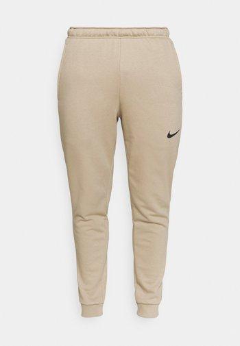 PANT TAPER - Pantaloni sportivi - khaki/black