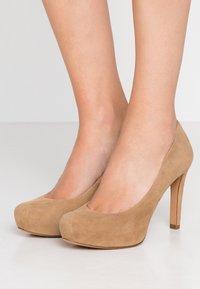 Pura Lopez - High heels - beige - 0