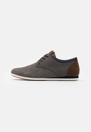 AAUWEN - Casual lace-ups - grey