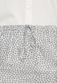 American Vintage - TAINEY - Shorts - white - 4