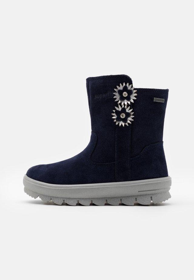FLAVIA - Botas para la nieve - blau