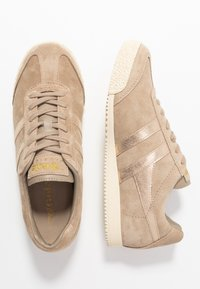 Gola - HARRIER MIRROR - Sneakersy niskie - cappuccino/gold - 3