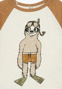 Mainio - T-shirt imprimé - bone brown - 3